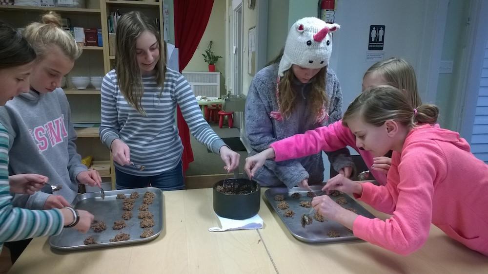 bakingcookies1