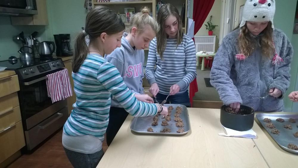 bakingcookies2
